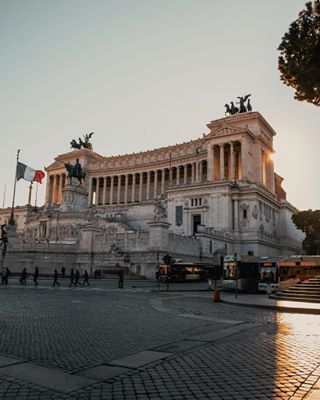 italy travel photooftheday photo expofilm photography tealandorange rome travelphotography architecture
