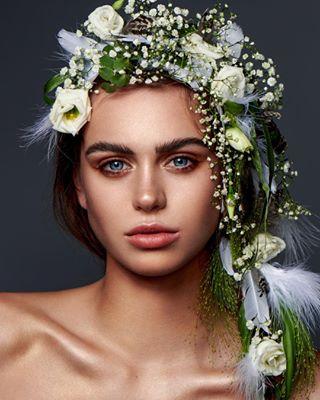 retouching flowers🌸 retoucher highendretouch photoshop modeling adobe naturalbeauty wacom rapanels
