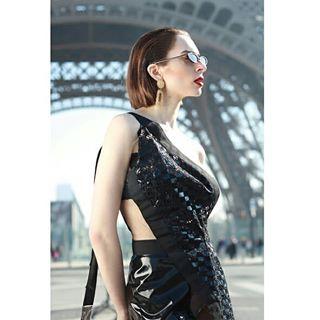 mode paris parisphographer frenchmodel editorialphotography latoureiffel france parisianmodel fashion parisphotoshoot fashionphotography
