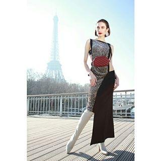 parisphotoshoot parisphographer paris france latoureiffel fashion mode frenchmodel fashionphotography parisianmodel editorialphotography