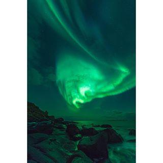 norway northenlights nikon nightsky naturalphenomenon lofoten dancingaurora auroraborealis