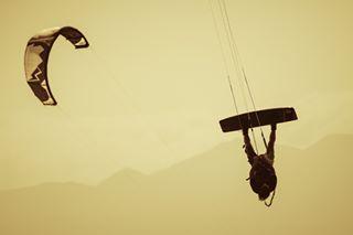kitereggiocalabria kitesurf_daily kiteshot kitesurfphotography kiteboardingphotography extremesports kitephotos kitesurf calabriasport kiteitalia canon7dmarkii canon100400ii kitesurfingworld thekiteshots puntapellaro kitepics watersports kitesurfingphotos