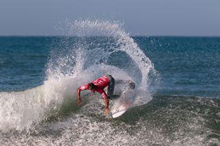 surfphotography penichesurf surfitalia canon100400ii canonsportsphotography canon7dmarkii supertubos redbullsurfing surfportugal waves portugalsurf wsl praiadossupertubos surfportugaltrips surfer