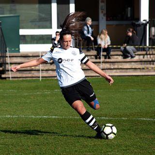 ladiesfootballleague ladiesfootball photographer football photography women sportsphotography student