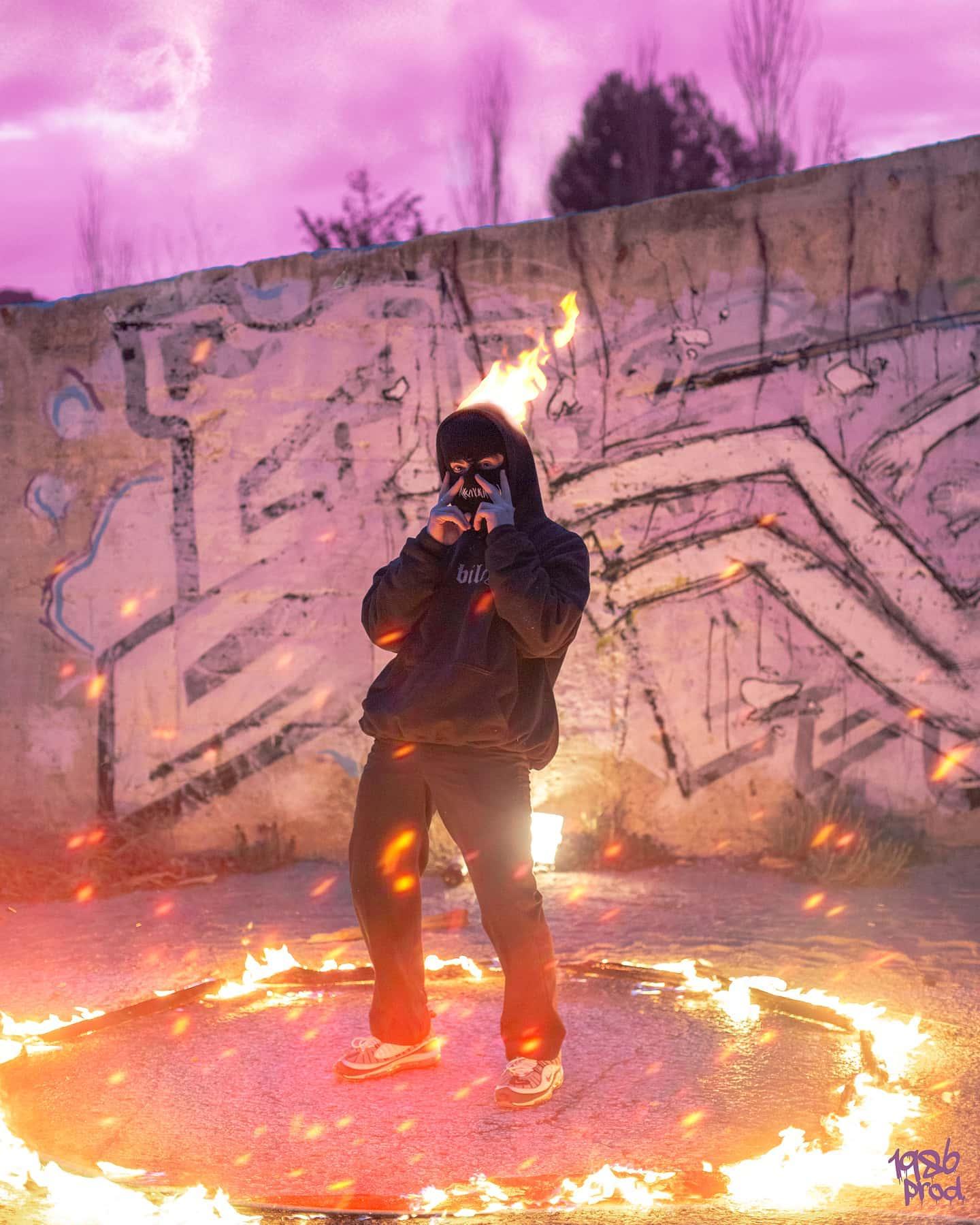 graffiti pink lightroompresets dark composition fire streetwear photography grunge