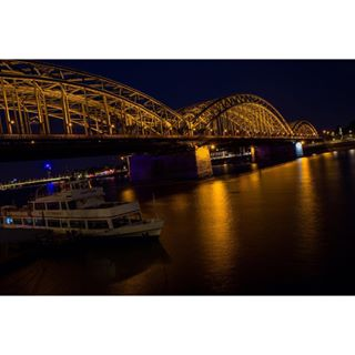 colognebridge kölnbrücke köln cologne nightphotoshot longexposhot