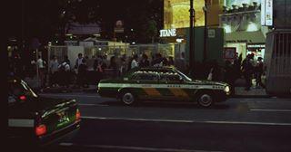 dreamermagazine cinematic japan cinematography taxi analog tokyo 35mm fstoppers analogphotography vision3500t staybrokeshootfilm somewheremagazine silbersalz35 canon