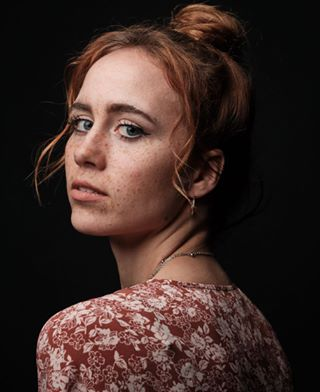 1655 freckles captureone gravitybackdrops broncolor 75oxta ginger editorial pureportraits fujifilm nophotoshop classicportrait xh1 redhead onelight move1200l beauty canvas
