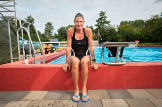 editorialportrait swimmingpool redactioneel xh1 swimmer captureonepro portret profoto b2 nrc fujifilm als