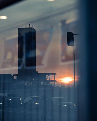sunset photography canonphotography reflections gerresheim städte canon6dmarkii glas deutschland 100mmmacro streetstyle walimexpro germany düsseldorf stadtbilder spiegelung düsseldorfcity düsseldorfer 100mm alemaña streetstylephotography viertel canon turm nrw