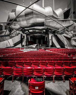 moments_unexpected stage now chicago frankgehry pritzkerpavilion creativity illinois chicagohome