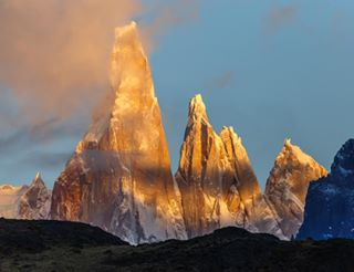 outdoors traveladdict landscape clouds granite argentina🇦🇷 nature travelphotography sunrise colors landscapephotography losglaciares patagonia vanlife wild canon canonphotography elchalten cerrotorre thegreatoutdoors travelargentina sky mountains wonderful amazingview photooftheday wildpatagonia motherearth americadelsur