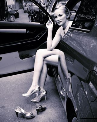 blackandwhite blackandwhitephotography streetphotography streetwear womensfashion