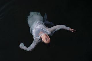 fujiframez fujilove minimalism dancer artphotography waterphoto fujicolours fujifilmnordic deepbluesea fineartphotography seascape myfeatureshoot