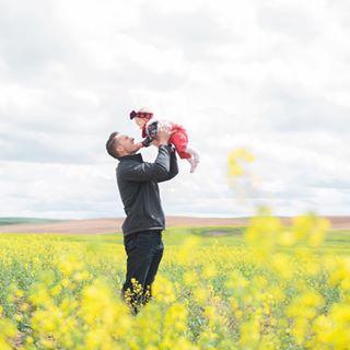 minivacation yellowflowers yellowildflowers portlandfilmphotographer portlandphotographer portlandportraitphotographer yellow