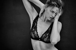 blackandwhite photoshoot shooting picoftheday intimissimi goodvibes portrait sexy goodtimes intimissimiofficial lingerie