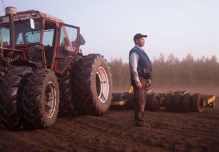bluecollar documentaryphotography energiaturve eteläpohjanmaa finland fossilfuel mine miner peat peatharvesting photojournalism portrait portraitofmodernfossilfueledwork rural teuva tractor turve worker workwear
