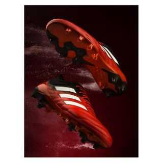 instaphotigy schuhwerbung schuhe photographyinspiration advertisingphotography studiophotography broncolor hasselblad powderexplosion powder stilllifephotography werbefotografie comercialphotography productphotography fussball sportshoes fussballschuhe football adidasperformance adidas