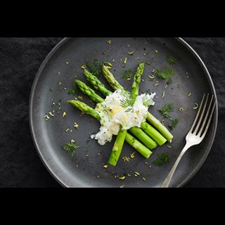 asparagus fish fisheggs foodphotography foodstyling fotografaarhus green madfotograf photojob photowork plate simplefood