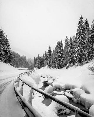 earth_portraits ig_landscape ig_snow ig_swiss igworldglobal landscapephoto majestic_earth_ swissalps vscocam