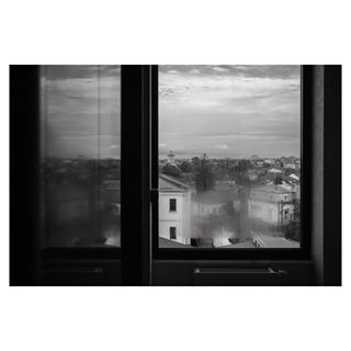 photography mood roomwithaview urbanphotography blackandwhite reflection