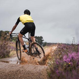 pathfindergiro pxxlporn bikesfromthebunch pxxls cyclinglife rideyourbike bespoked canyongrail rouleur mycanyon cyclingpics bhfyp cyclephotos bikeporn cycleshots