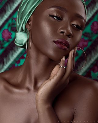 michaelgeorgestudios editorial beauty mgeorge_1 melanin campussnap photography nigerianphotographer michaelgeorgephotography black vogueeko lagosphotographer 54artistry blackwoman beautyshoot chocolate