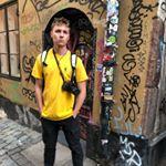 Avatar image of Photographer Zach Knott