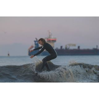 fun longboard holland scheveningen logging photography canon noseriding longboardsurf sea beauty surf sunset skiffa northseasurf crosstep northsea surfing ocean nature