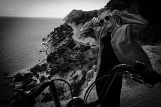 freeman travel bikelife findyourfreedom motorbiketravel blackandwhitephoto blackandwhitephotos biker ibizatravel blackandwhiteportraits ibiza freedommachine timkoeck blackandwhiteportrait rawlooks openroad fashionable