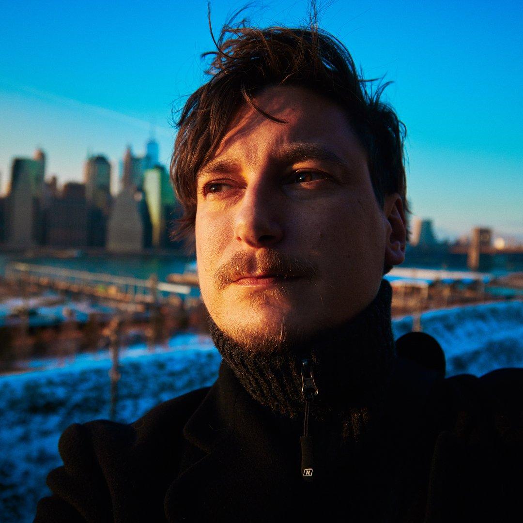Avatar image of Photographer Ellard Vasen