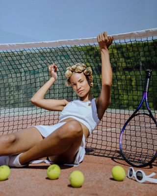 tennis hairstyle nikewomen bantuknots outfit summer photography fashion magazine sport life