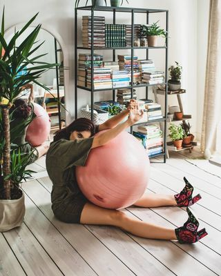 plantsoverpills ethicfashion fashionphotography sustainablefashion greenrevolution secondhand designer mua stylist model retoucher photographer