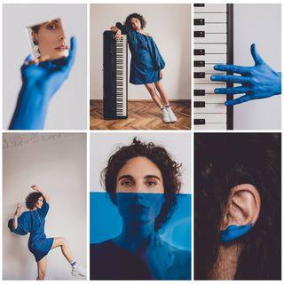 kaskajankiewicz artdirector blue portrait original concerttour musicperformance energy mirror frenchsinger hand jumping bluedress poznan lockdown naturalbeauty portraitphotography remotesession