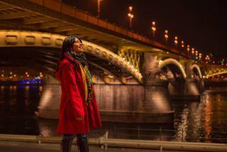 budapest hungary lifestyle margaretbridge night portrait turistando