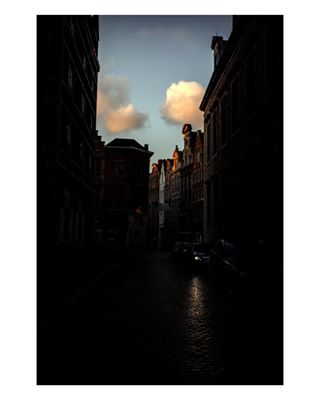 photo minimalism instagram belgium photography burnmagazine instagood streetphotography subjectivelyobjective photooftheday contemporaryphotography art myfeatureshoot brussels