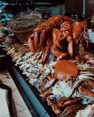 seafood iclm72 premium photography travel hanoi lobster lightroompresets foodphotography buffet restaurant canadianlobster worldofdining