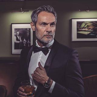 uurwerken nicosmeets swiss style luxury snooker antwerp bond ostojic vintage watches