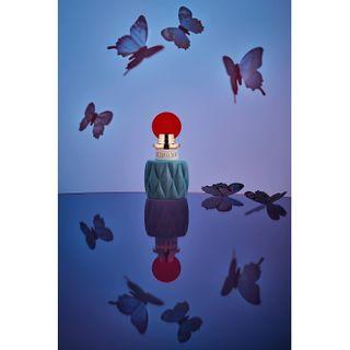 butterfly miumiu scent perfume productphotographer stilllifephotography stilllife productphotography