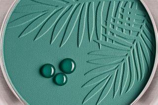 greenleaf leaf purity naturalmakeup makeup skin waterdrops powder texture makeuptexture productphotographer stilllifephotography stilllife productphotography