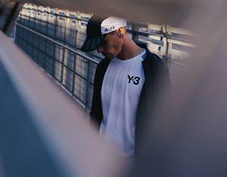 bcn streetstyle 50mm streetshoots adidas adidasy3 streetwear shoots y3 bridge barcelona y3seasson