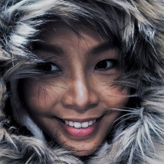 asian asiangirls asianmodel belgianwinter belgium coat coats coatseason europe europetravel fur furry hoody hoodyseason jacket jacketstyle ready smile smileface thai thaigirl travel travelblogger travelholic traveling travelphotography winter winterfashion winteroutfit