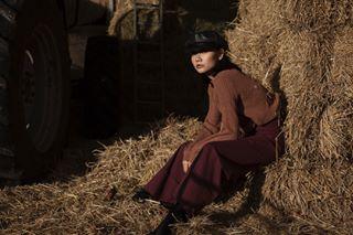 editorial countryside fashion femalemodel photography barn manchester village topshop autumn