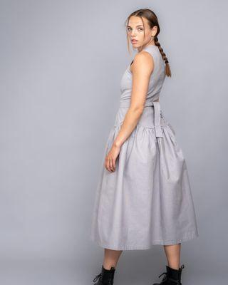 gothenburg photographerlife karlforsberg fotograf tillsk yh utbildning modell studioshoot grey kl dress modedesigner mode fashionphotographer fashiondesigner fashionstyle fashion
