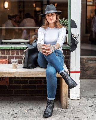 karlforsberg photographerlife streetphotography lattetime citylife photogenic streetfashion urbanfashion theludlowhotel girlsinhats tattooedgirls newyorker newyorklife nyc lowereastside les creativelife coolgirl