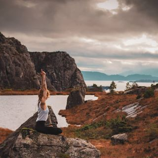 em5mk2 haganes sunset goldenhour landscapephotography mountains olympus portraits norway 75mm18