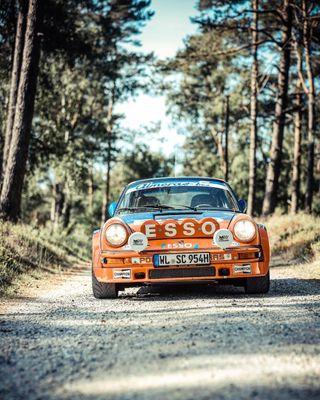 911 flatsix aircooled carsofinstagram classiccarspotting rolex petrolicious petrolhead petrolheads drivetastefully rallyecar rallye retrocar classiccar classiccars classicporsche porscheclassic porsche911 porsche
