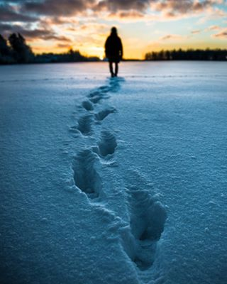 swedishwinter sunrise morning footprints commercialphotography commercial colourcontrast